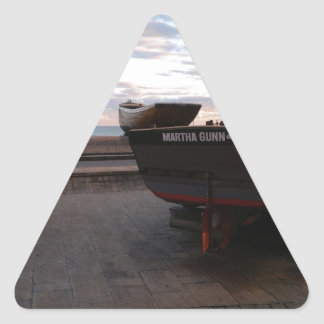 Barco de pesca clásico Martha Gunn Pegatina Triangular