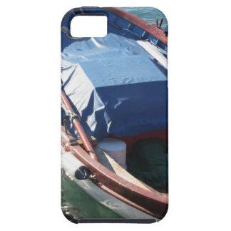 Barco de pesca de madera anclado en un puerto del iPhone 5 carcasa