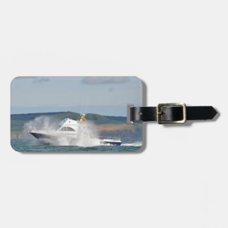 Barco de pesca del ocio etiquetas maletas