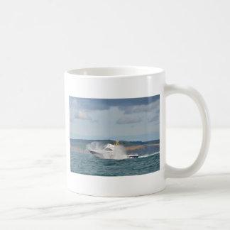 Barco de pesca del ocio taza