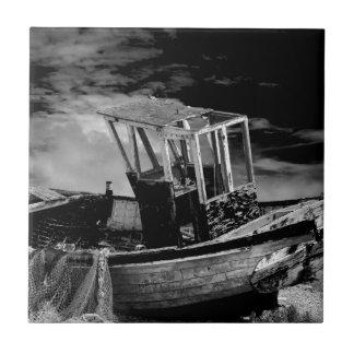 Barco de pesca del vintage azulejo cuadrado pequeño