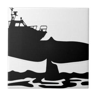 Barco de pesca en cuento de la ballena por Sofía Azulejo Cuadrado Pequeño