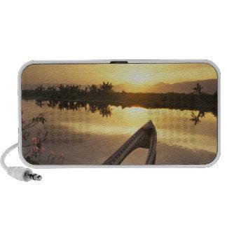 Barco de pesca hundido de Asia, Birmania (Myanmar) iPod Altavoz