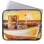Barco de pesca náutico en la playa en el arte del  funda portátil