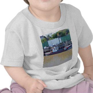 Barco de pesca YH15 realizable Camisetas