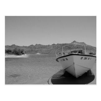 barco de río del bw tarjetas postales