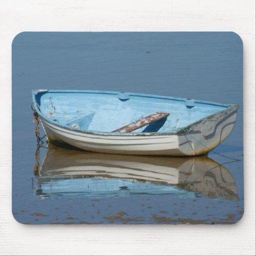 Barco de rowing azul alfombrillas de ratones