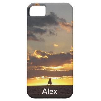 Barco de vela en la puesta del sol iPhone 5 cárcasa