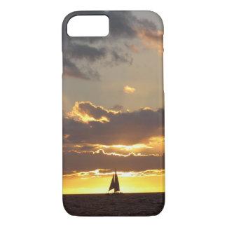 Barco de vela en la puesta del sol funda iPhone 7