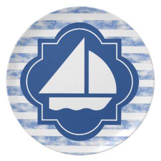 Barco de vela náutico de la decoración platos