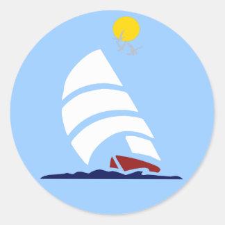 Barco de vela etiqueta redonda