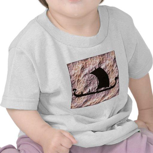 barco de vikingo camiseta