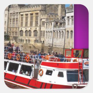 Barco de York fuera de los límites Pegatina Cuadrada