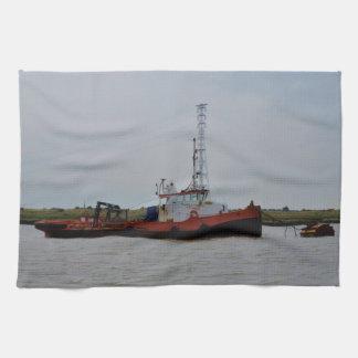 Barco del tirón del río Támesis Toalla De Mano