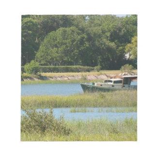 Barco en la entrada de St Augustine en la Florida Bloc De Notas