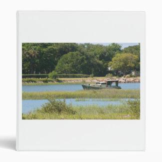Barco en la entrada de St Augustine en la Florida