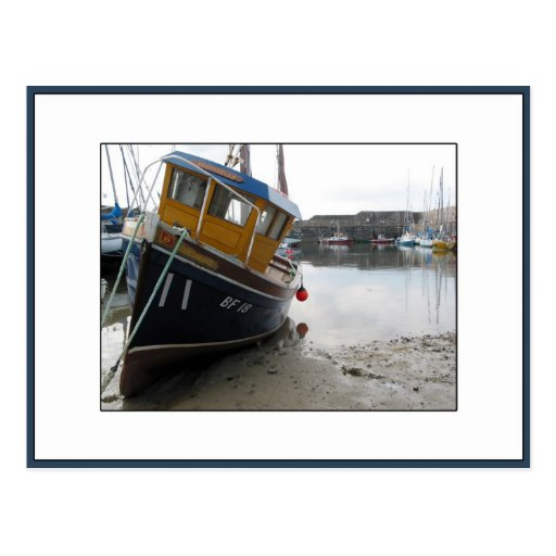 Barco en Portsoy, Aberdeenshire, Escocia Postal