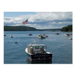 Barco en puerto de la barra postal