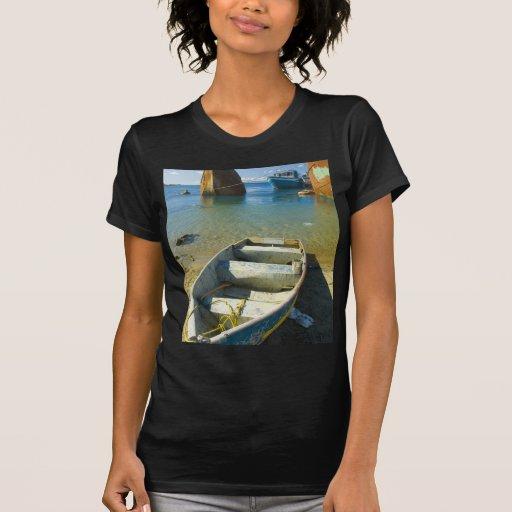 Barco oxidado camiseta
