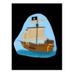 Barco pirata con la bandera postales