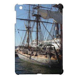 Barco pirata en San Diego California iPad Mini Cárcasa
