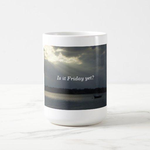 ¿barco solo, es viernes todavía? taza