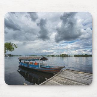 Barco turístico del Amazonas Alfombrilla De Raton