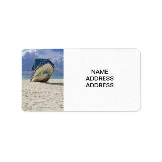 Barco varado etiquetas de dirección