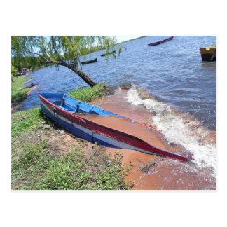 Barco varado postal