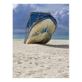 Barco varado postales