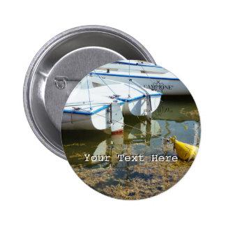 Barcos atracados en el agua, fotografía náutica pin