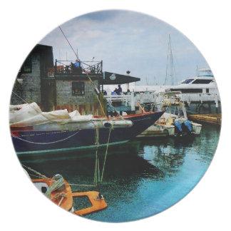 Barcos atracados en Newport RI Plato