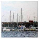 Barcos atracados Norfolk VA Tejas Cerámicas