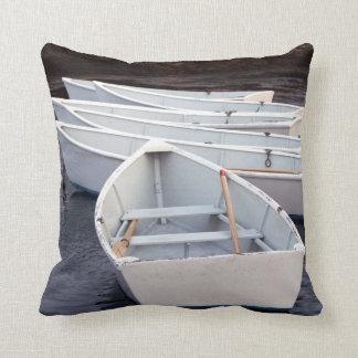 Barcos de fila cojin
