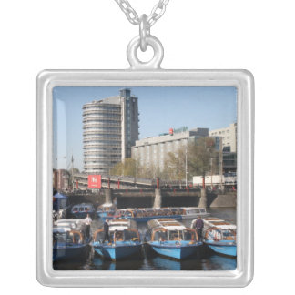Barcos de la excursión en Amsterdam Colgante Cuadrado