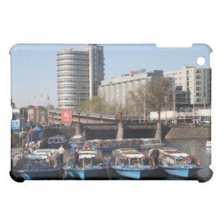 Barcos de la excursión en Amsterdam