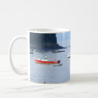 Barcos de la langosta del puerto Maine de la barra Taza Clásica