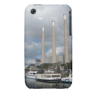 Barcos de pesca de la bahía de Morro y chimeneas Case-Mate iPhone 3 Coberturas