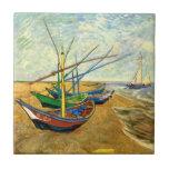 Barcos de pesca de Van Gogh en la playa en Saintes Azulejos Ceramicos