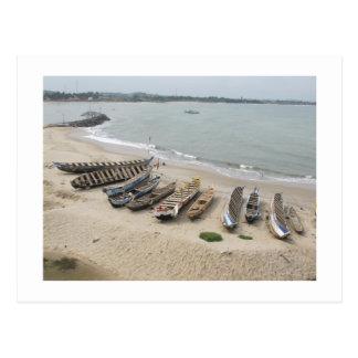 Barcos de pesca en Elmina, Ghana Postales