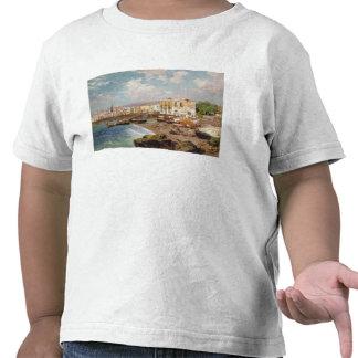Barcos de pesca en la playa en Marinella, Nápoles Camisetas