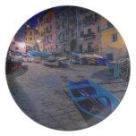 Barcos de pesca en Riomaggiore, Cinque Terre, Platos Para Fiestas