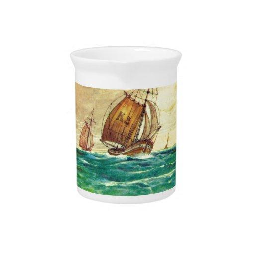 Barcos de pesca franceses del vintage en el mar jarra de beber