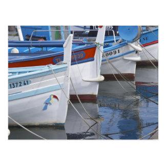 Barcos de pesca típicos de Provencal pintados en 2 Tarjeta Postal