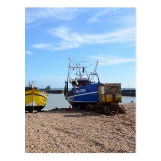 Barcos de pesca varados postales