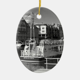 Barcos de placer en el río Ouse de York Adorno De Navidad