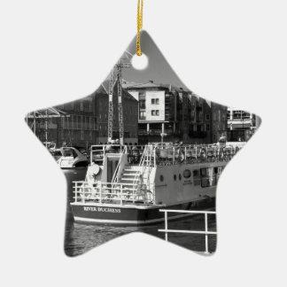 Barcos de placer en el río Ouse de York Ornamentos Para Reyes Magos