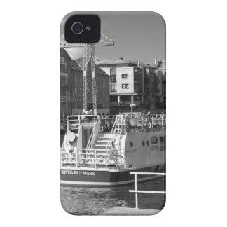 Barcos de placer en el río Ouse. de York iPhone 4 Protector