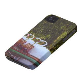 Barcos del cisne de Boston Case-Mate iPhone 4 Carcasas