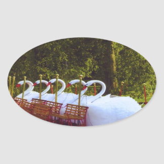 Barcos del cisne de Boston Pegatina Ovalada